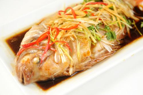 cá diêu hồng hấp hongkong